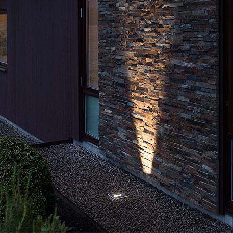 Is het mogelijk om met grondspot inbouwlampen de tuin in de spotlight te zetten?