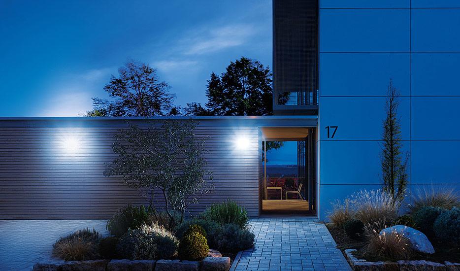 Innovatieve Led-buitenwandlamp XLED Home 2 XL