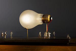 Tafellamp Ricchi Poveri Monument for a Bulb